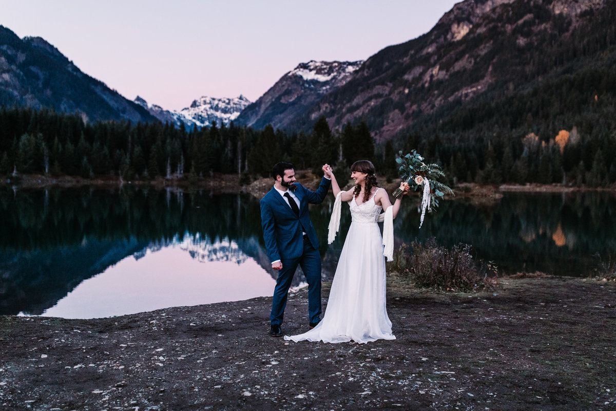 Oregon_elopement_Gold_Creek_pond_Adventure_wedding_photography (737 of 793)
