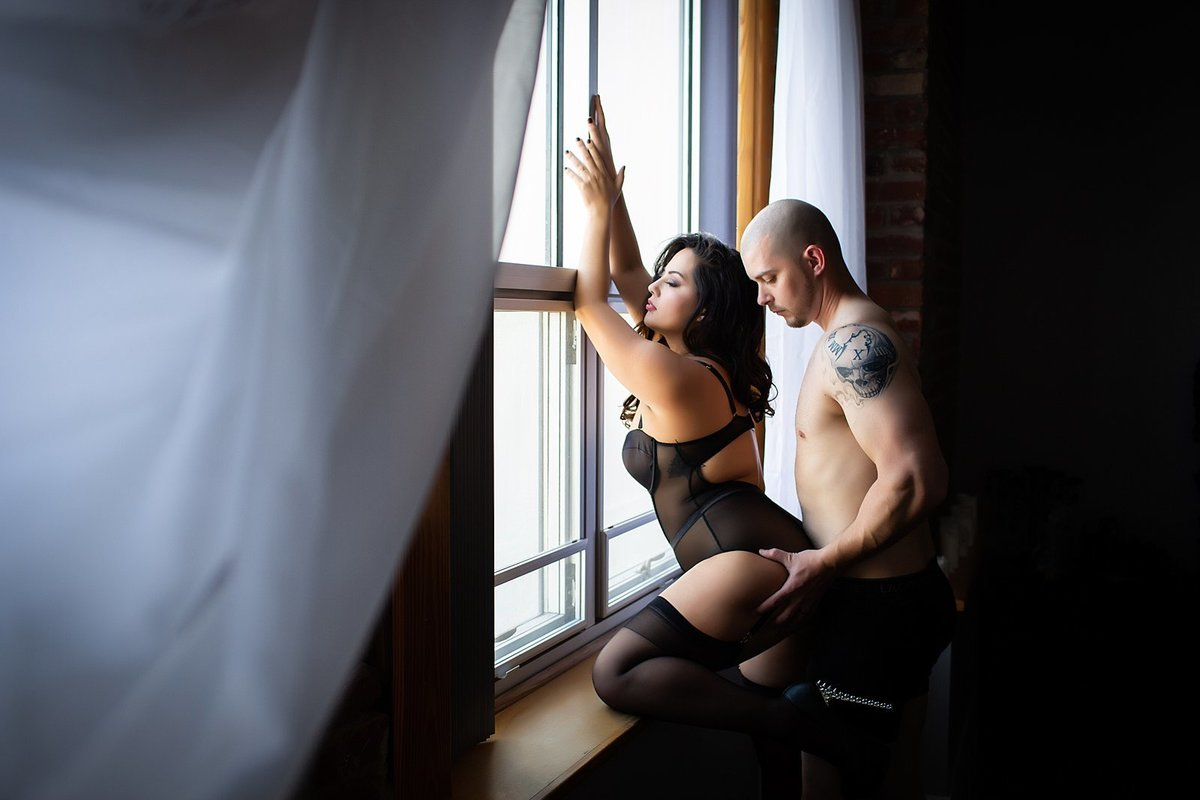Hampton Roads Virginia Couples Boudoir Photographer (49)