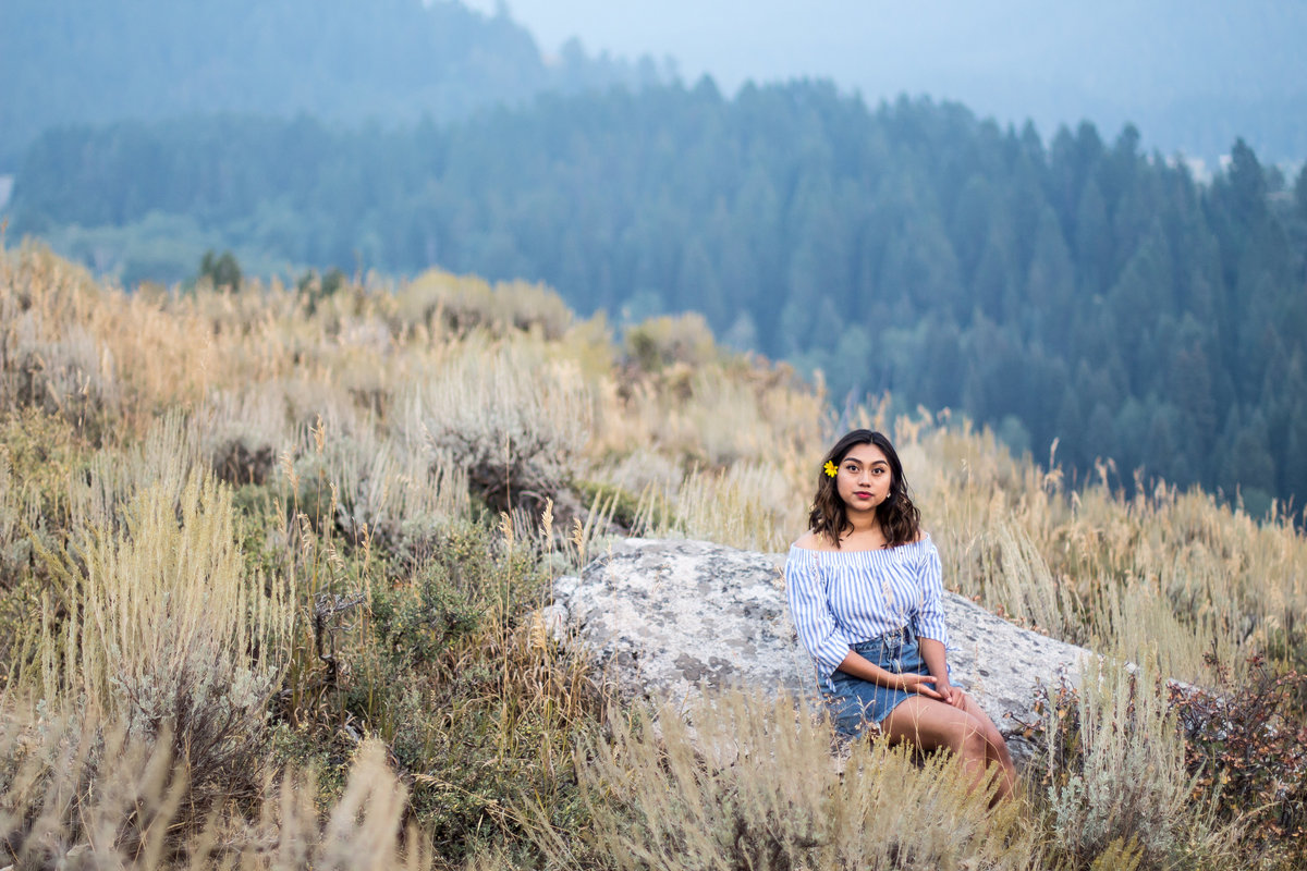 Grand Targhee Resort, overlook, WY, Wyo, Idaho, ID, Senior portraits, nature scene, rock, crisp