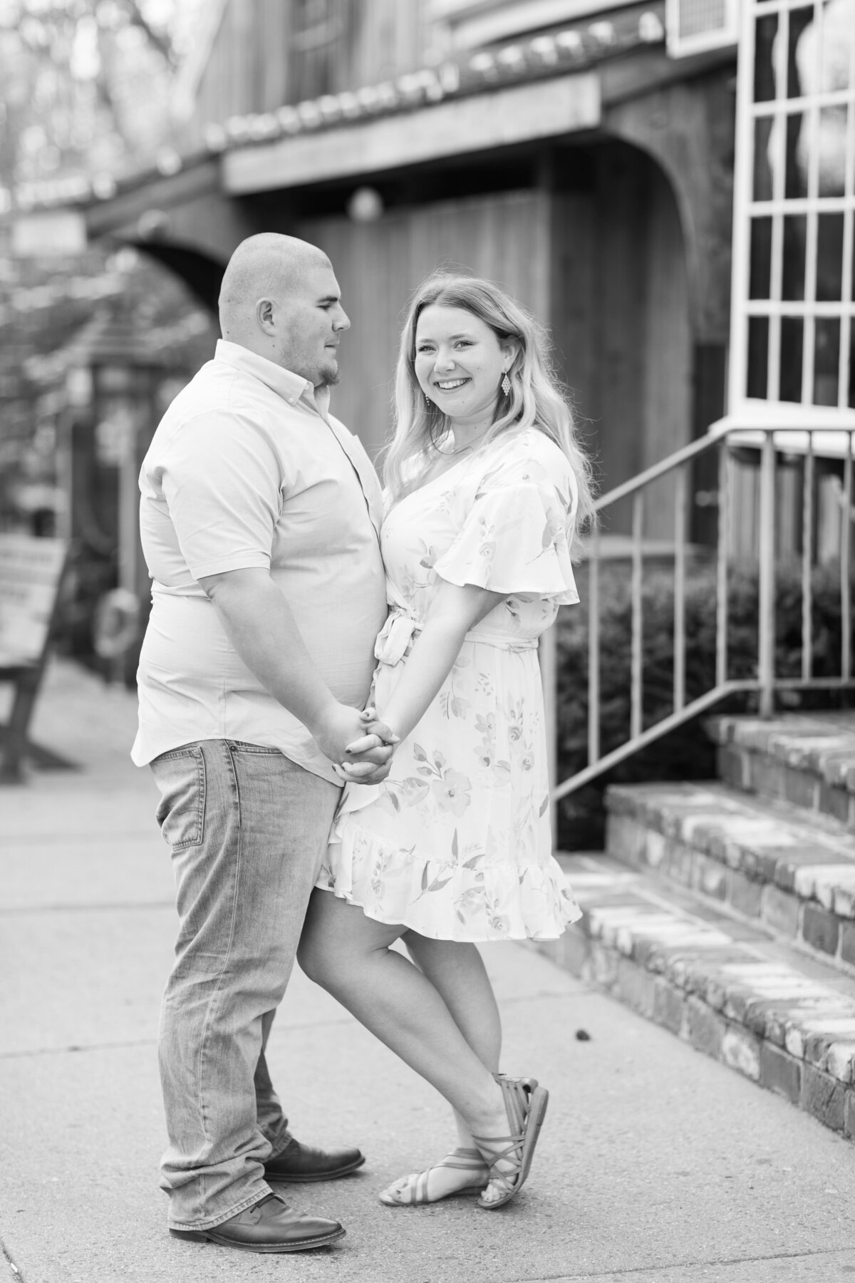 historic_smithville_engagement_session-4