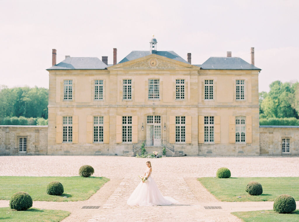 Chateau-de-Villette-wedding-Floraison21