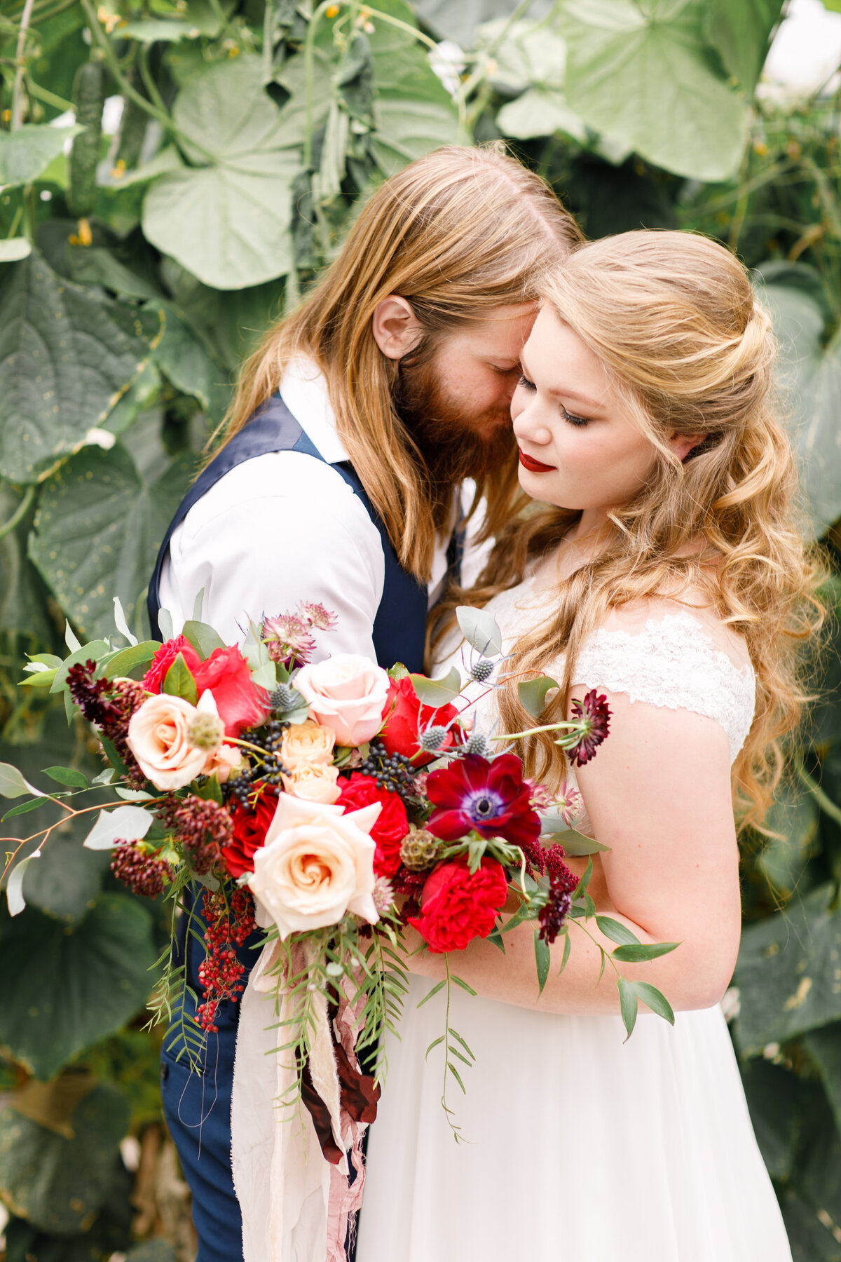 Tara Liebeck Photography Wedding Engagement Lifestyle Virginia Photographer Bright Light Airy43
