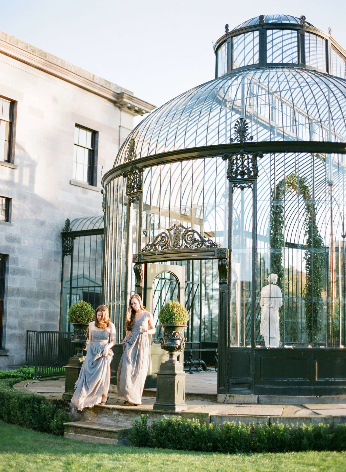60-KTMerry-destination-weddings-bridesmaids-greenhouse-Ireland