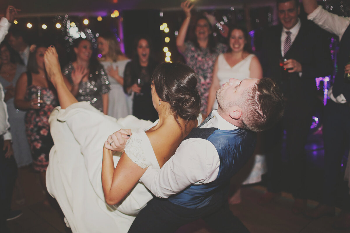 YORKSHIRE-WEDDING-LOTS-OF-LAUGHTER-MARQUEE-AND-CHUCH-0102