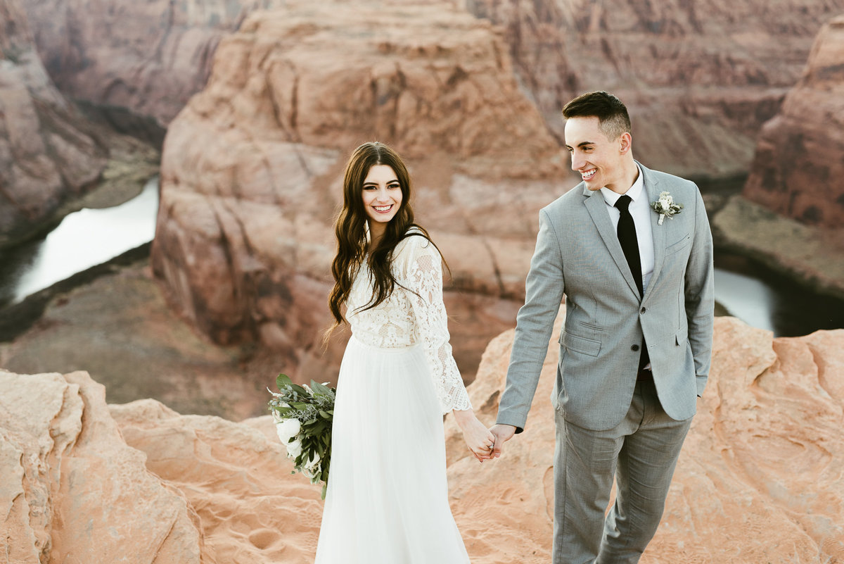 elopement-at-horeseshoe-bend-34