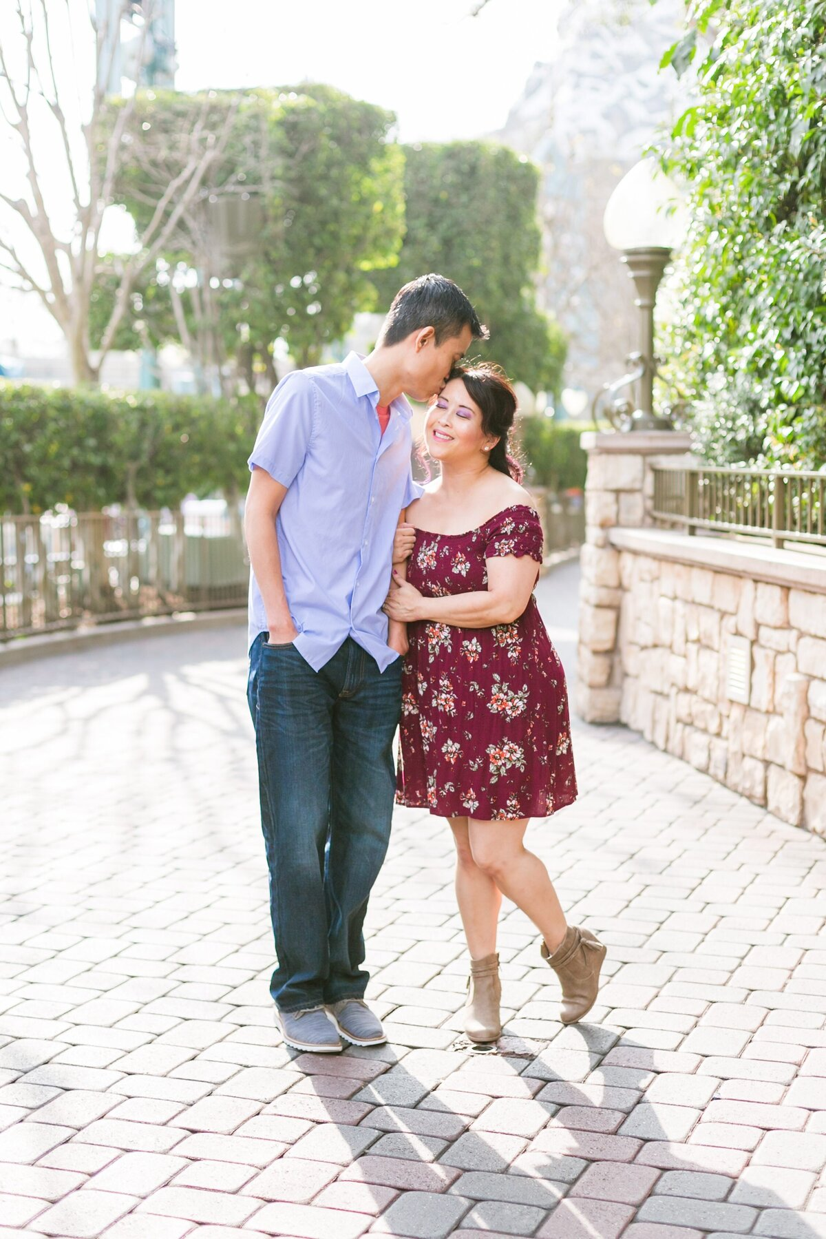 Disneyland-Engagement-Session-0009
