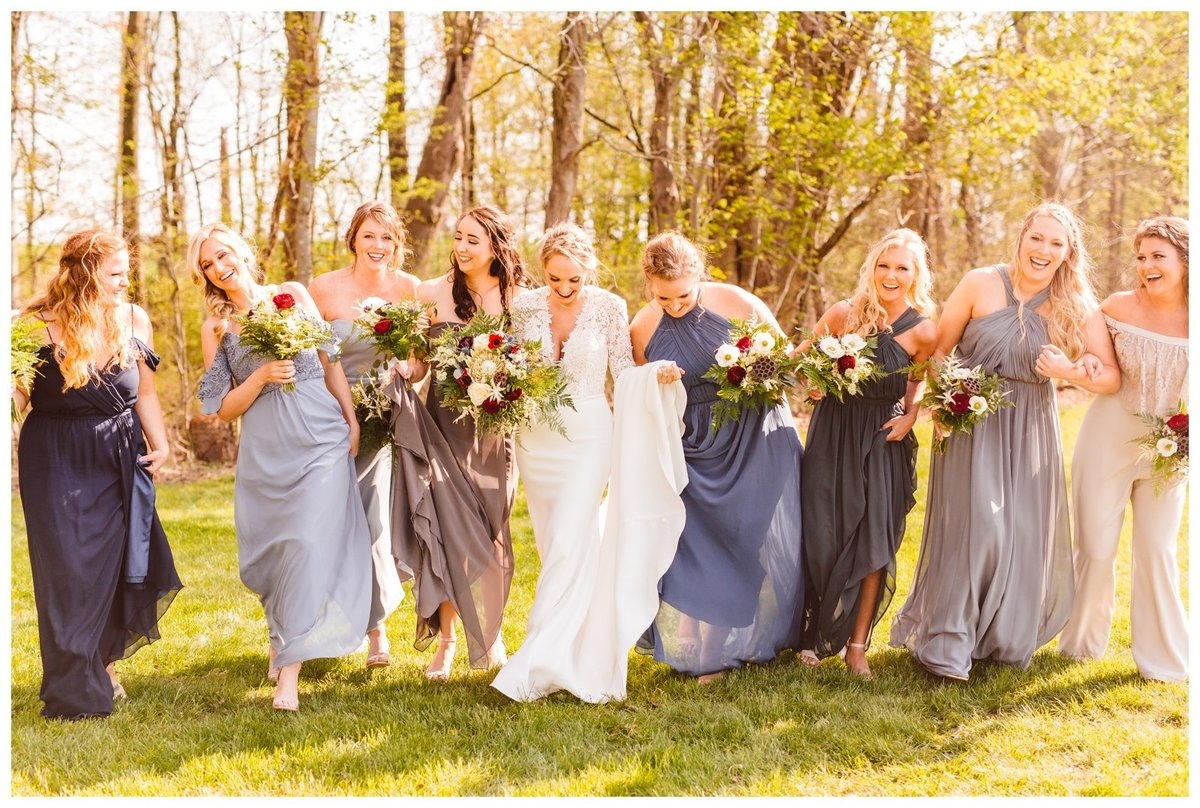romantic-and-moody-backyard-spring-wedding-inspiration-brooke-michelle-photography_2253