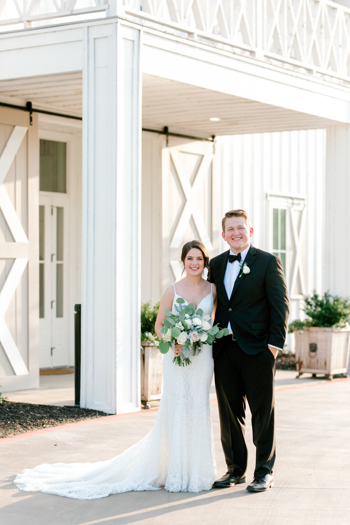 Anna & Billy's Wedding at The Nest at Ruth Farms | Dallas Wedding Photographer | Sami Kathryn Photography-174