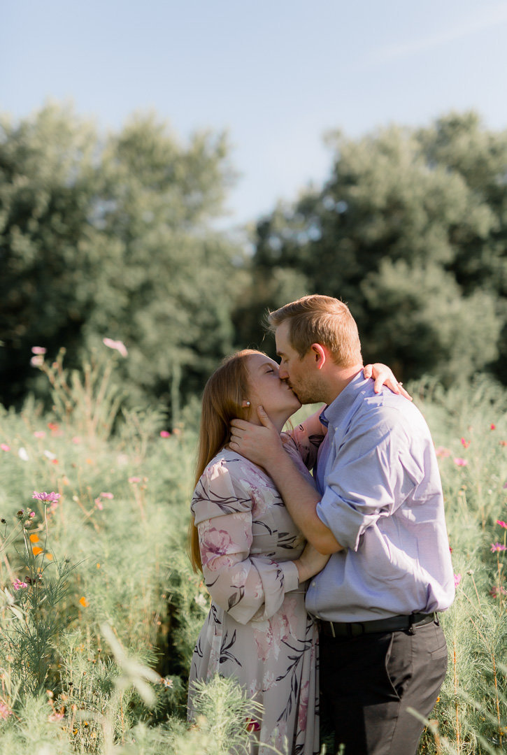 Sunflower Engagement Session0008