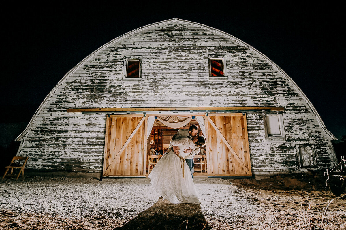 Leah Redmond Photography Wedding Couple Engagement Portrait Lifestyle Milwaukee Wisconsin Moody Natural Photographer Dark Architecture Architectural13