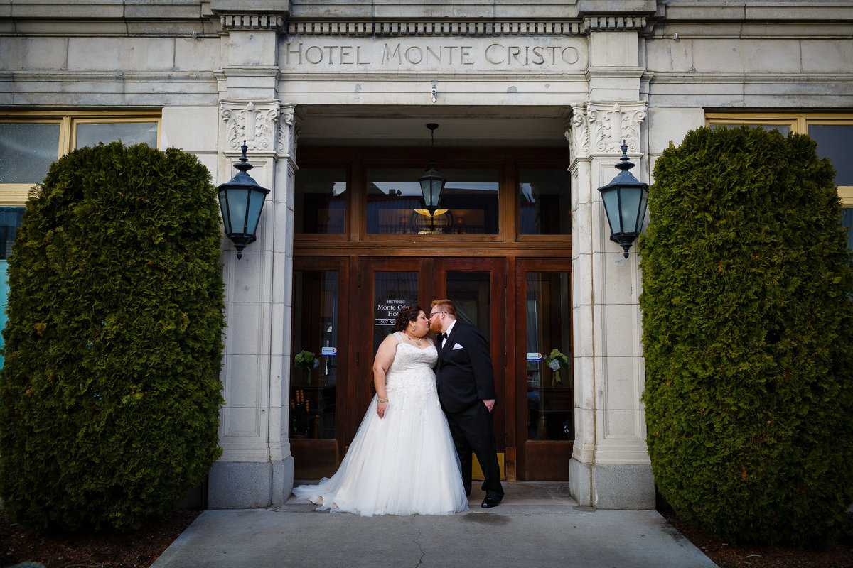 monte cristo ballroom wedding outside everett washington