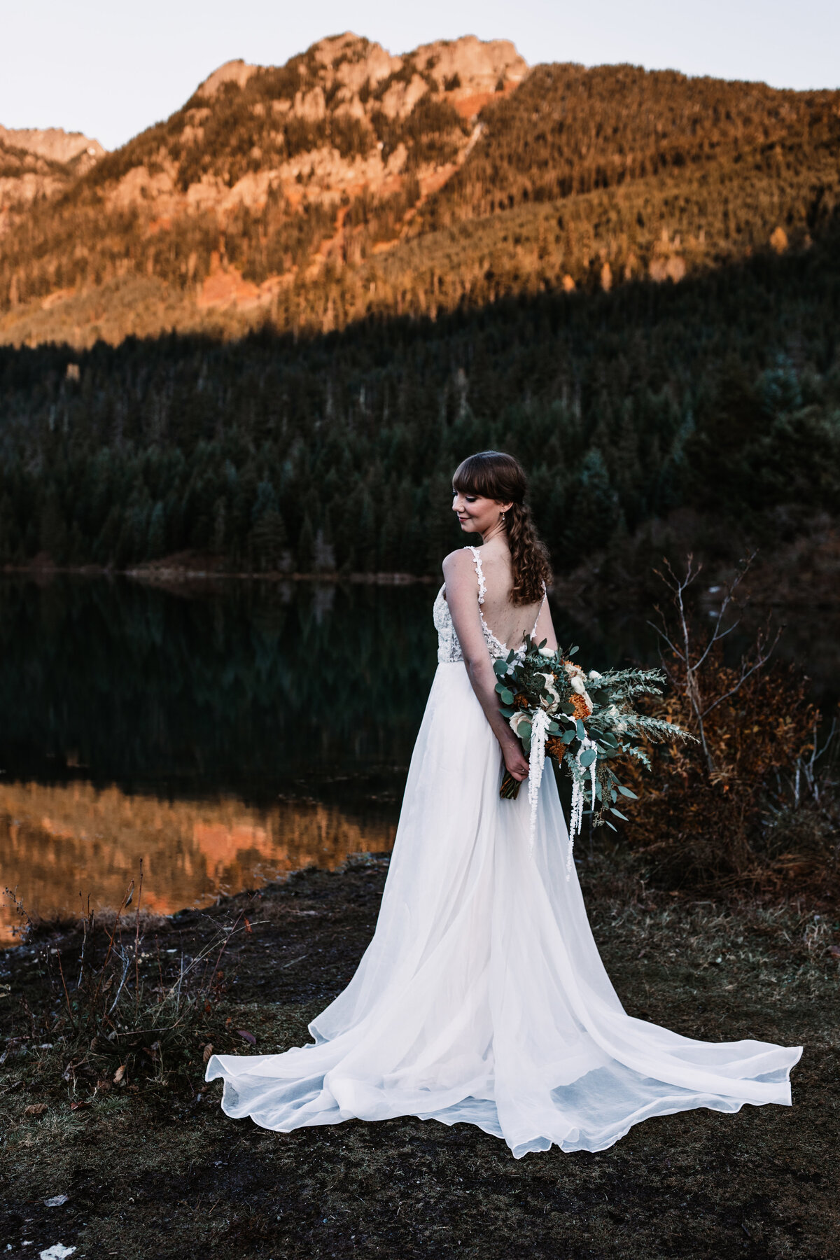 Oregon_elopement_Gold_Creek_pond_Adventure_wedding_photography (309 of 793)