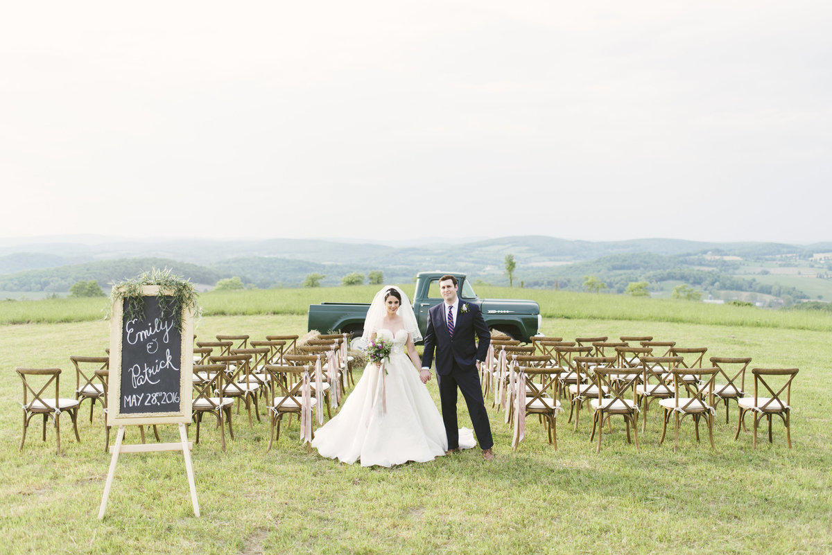 Monica-Relyea-Events-Alicia-King-Photography-Globe-Hill-Ronnybrook-Farm-Hudson-Valley-wedding-shoot-inspiration59
