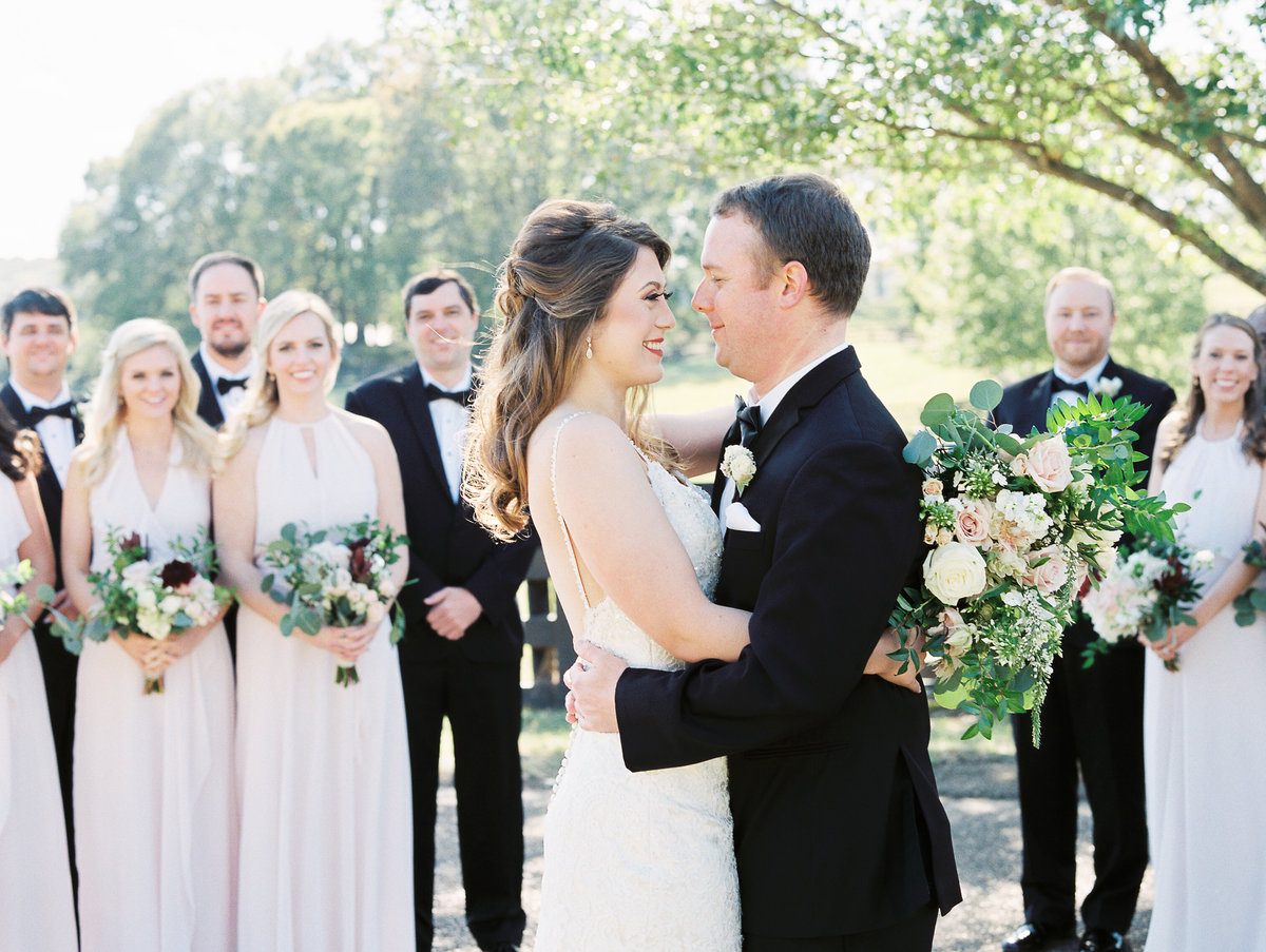 696_Anne & Ryan Wedding_Lindsay Vallas Photog