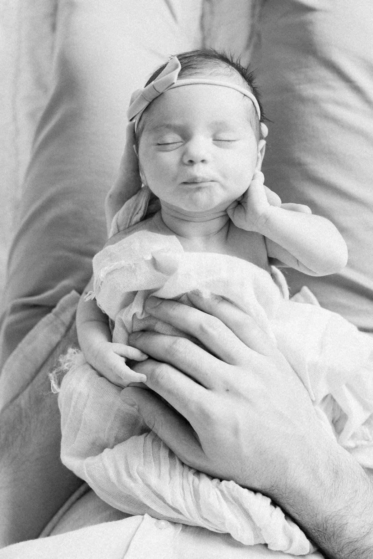 Minneapolis-Natural-Newborn-Lifestyle-Photographer-Quinn-29