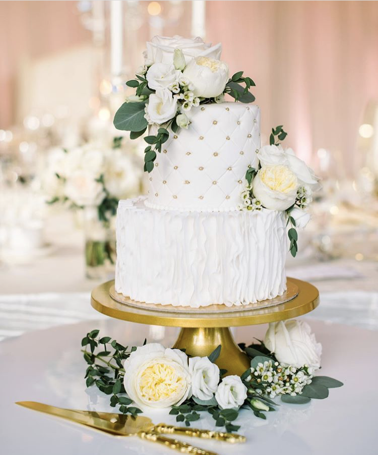 Whippt Desserts - Wedding cake Aug 2018 - Flower Artistry and Corrina Walker Photo