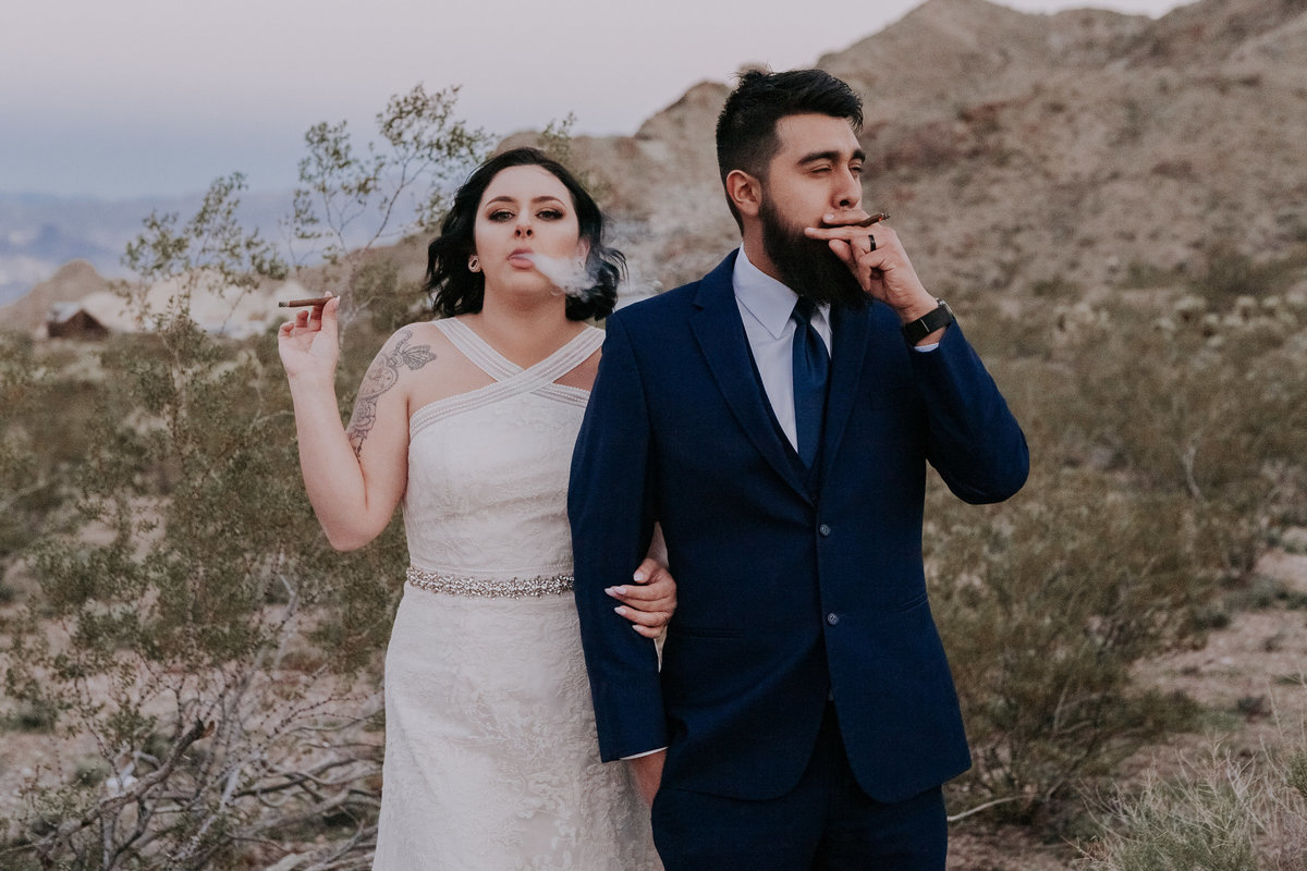 Lake Tahoe elopement photos couple smokes in desert
