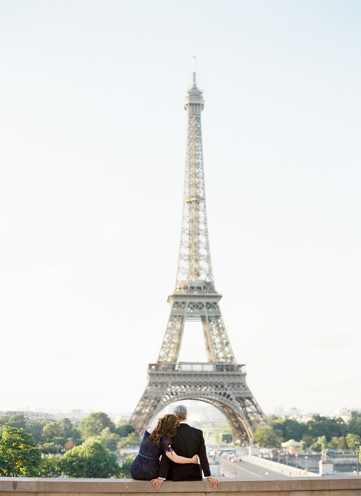 Paris anniversary session by Eiffel Tower 16