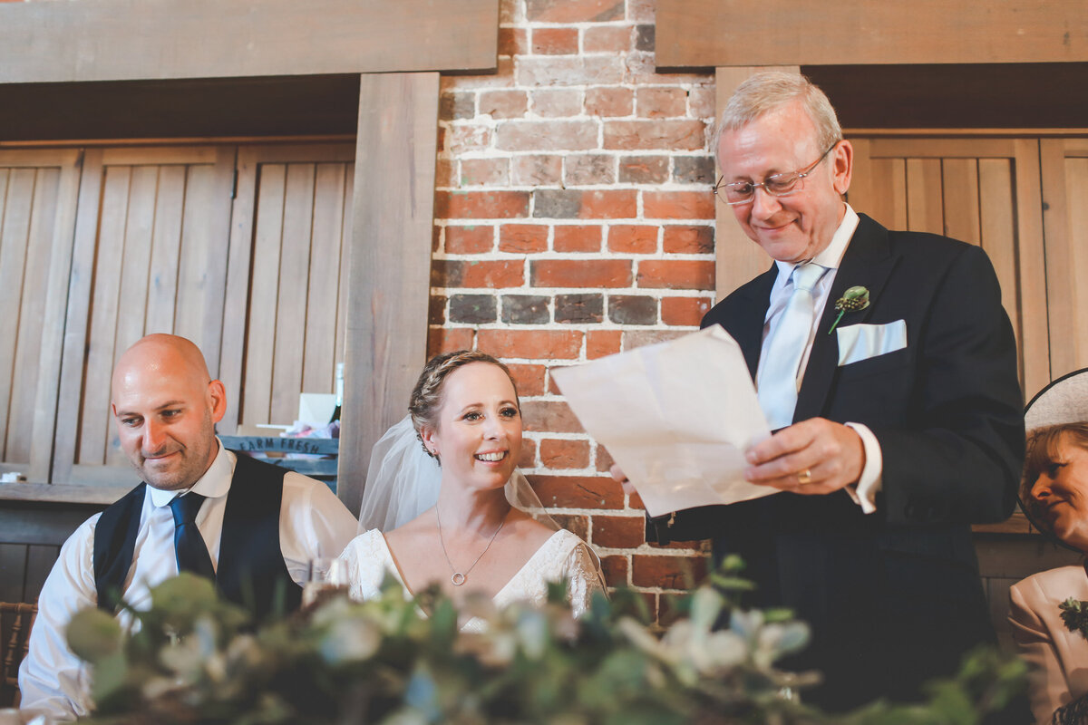 GAYNES-PARK-BARN-WEDDING-ESSEX-0050