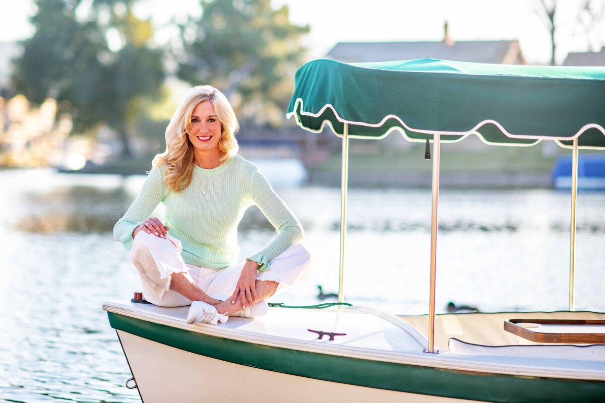 Maria-McCarthy-Photography-branding-boat