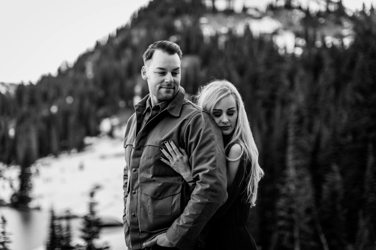Snowy Mount Rainier Engagement Photos-10