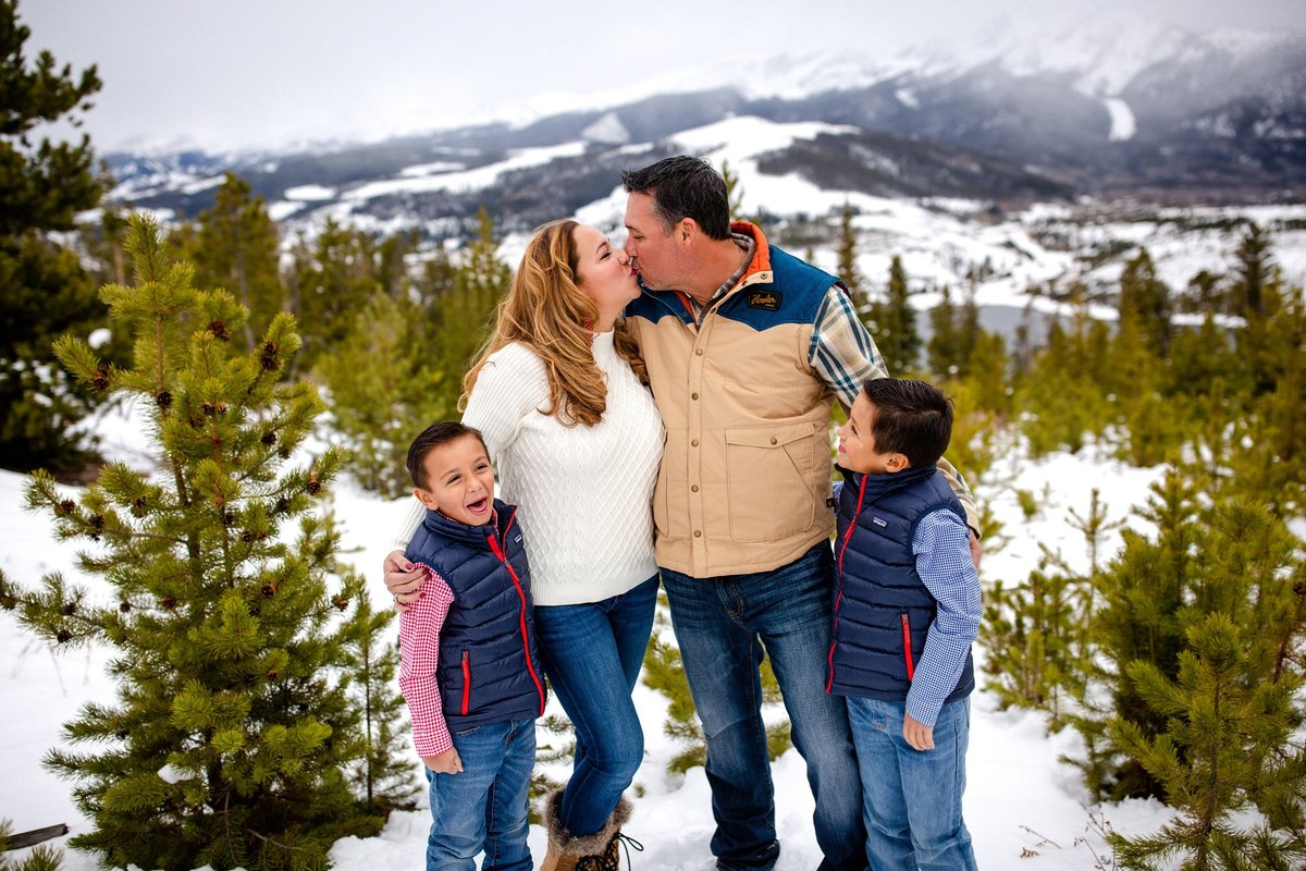 Alisa Messeroff Photography, Alisa Messeroff Photographer, Breckenridge Colorado Photographer, Professional Portrait Photographer, Family Photographer, Families Photography 25