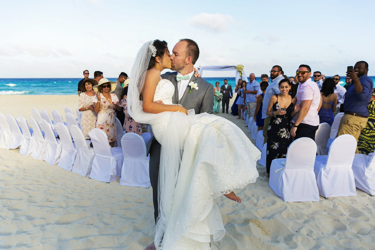 051-omni-cancun-hotel-and-villas-wedding-photos-brittney-shawn