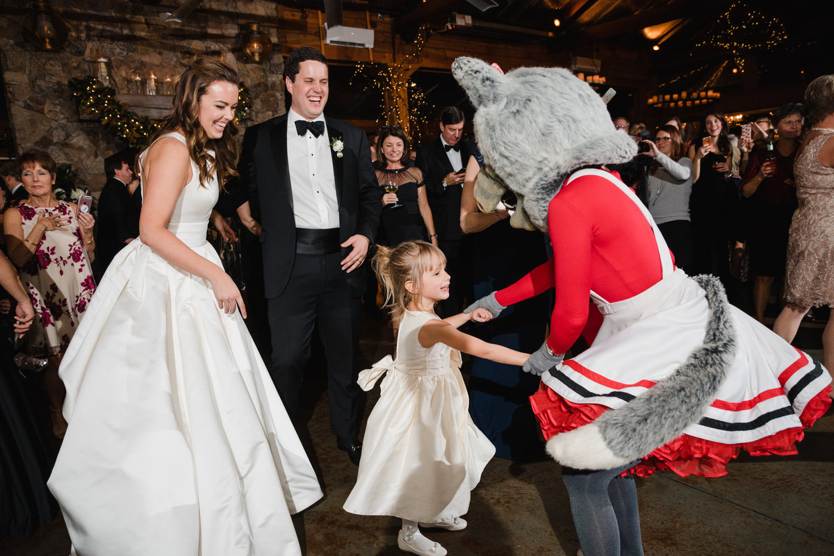 angus-barn-raleigh-wedding-113