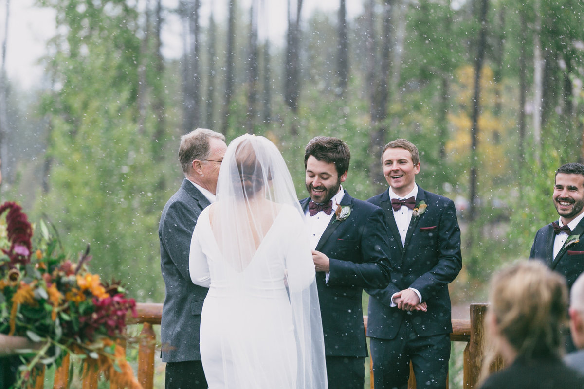 Jennifer_Mooney_Photography_Abbey_Stephen_Fall_Winter_Glacier_Park_Elopement-164