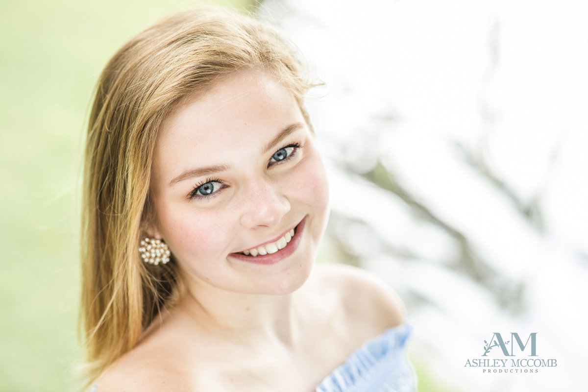 Ashley McComb Productions_Senior1