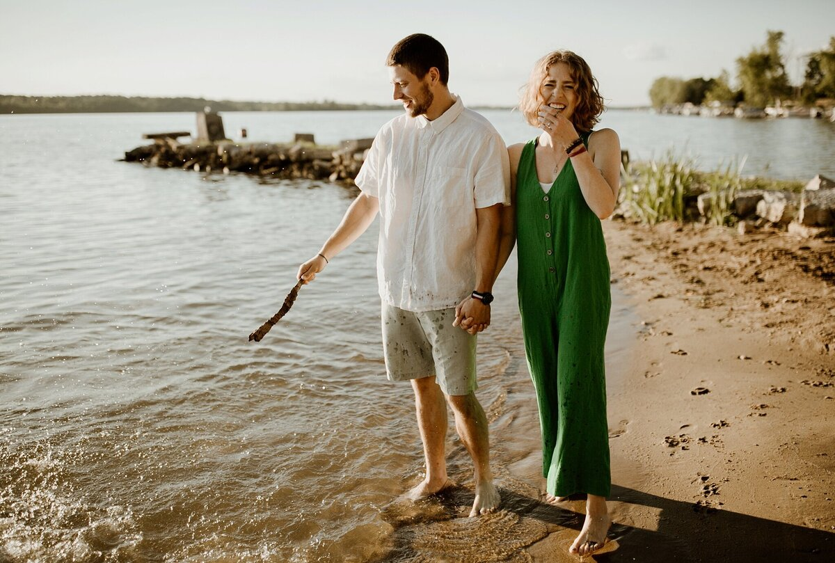 meg-thompson-photography-prairie-creek-reservoir-couples-session-kat-chris-2
