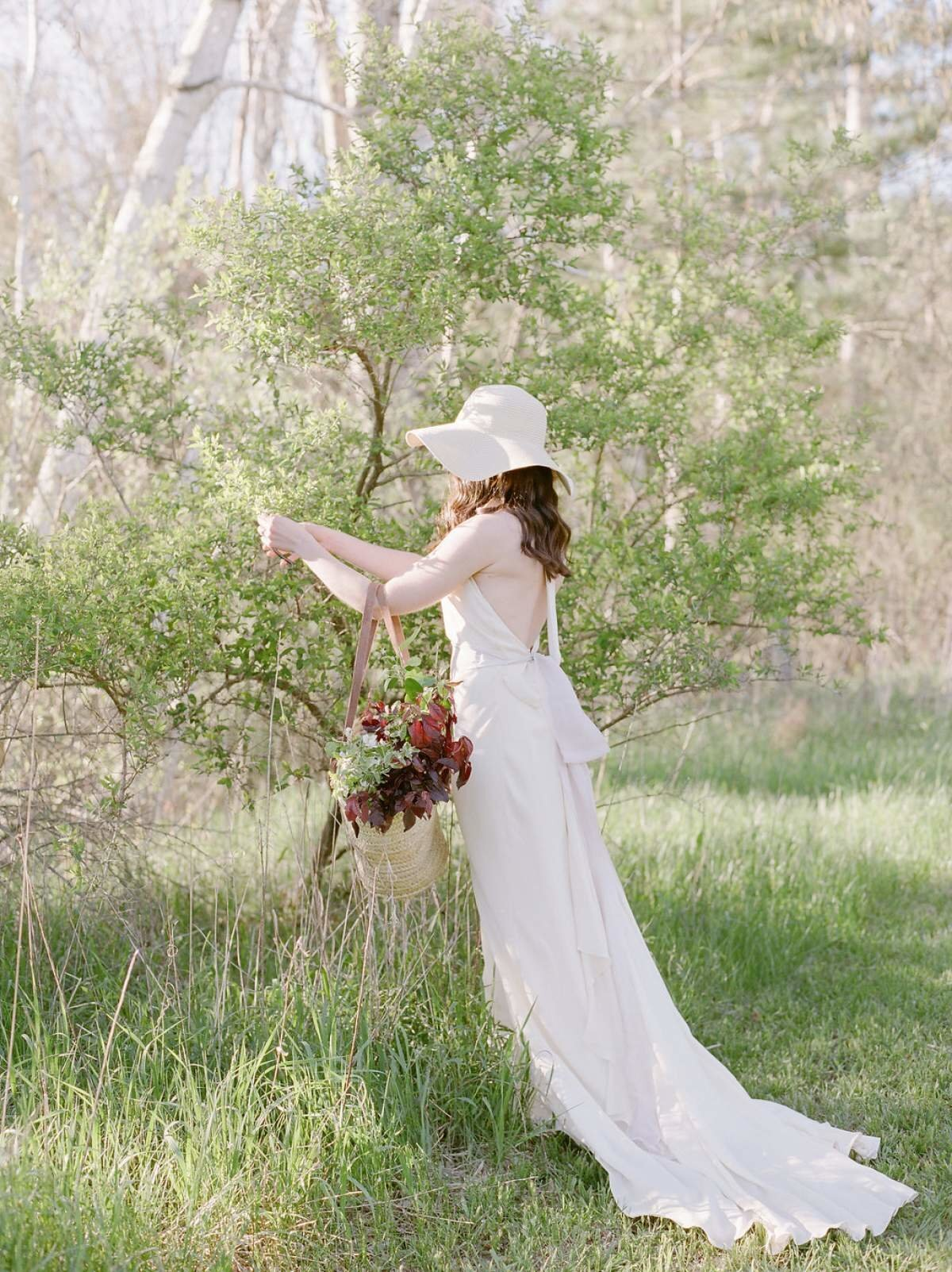 northern-michigan-spring-wedding-inspiration