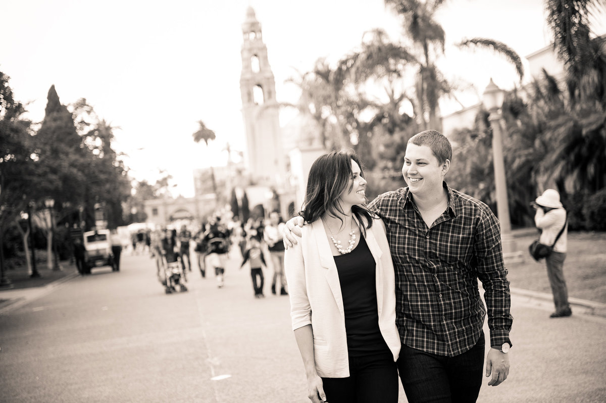 0029-San-Diego-engagement-photo