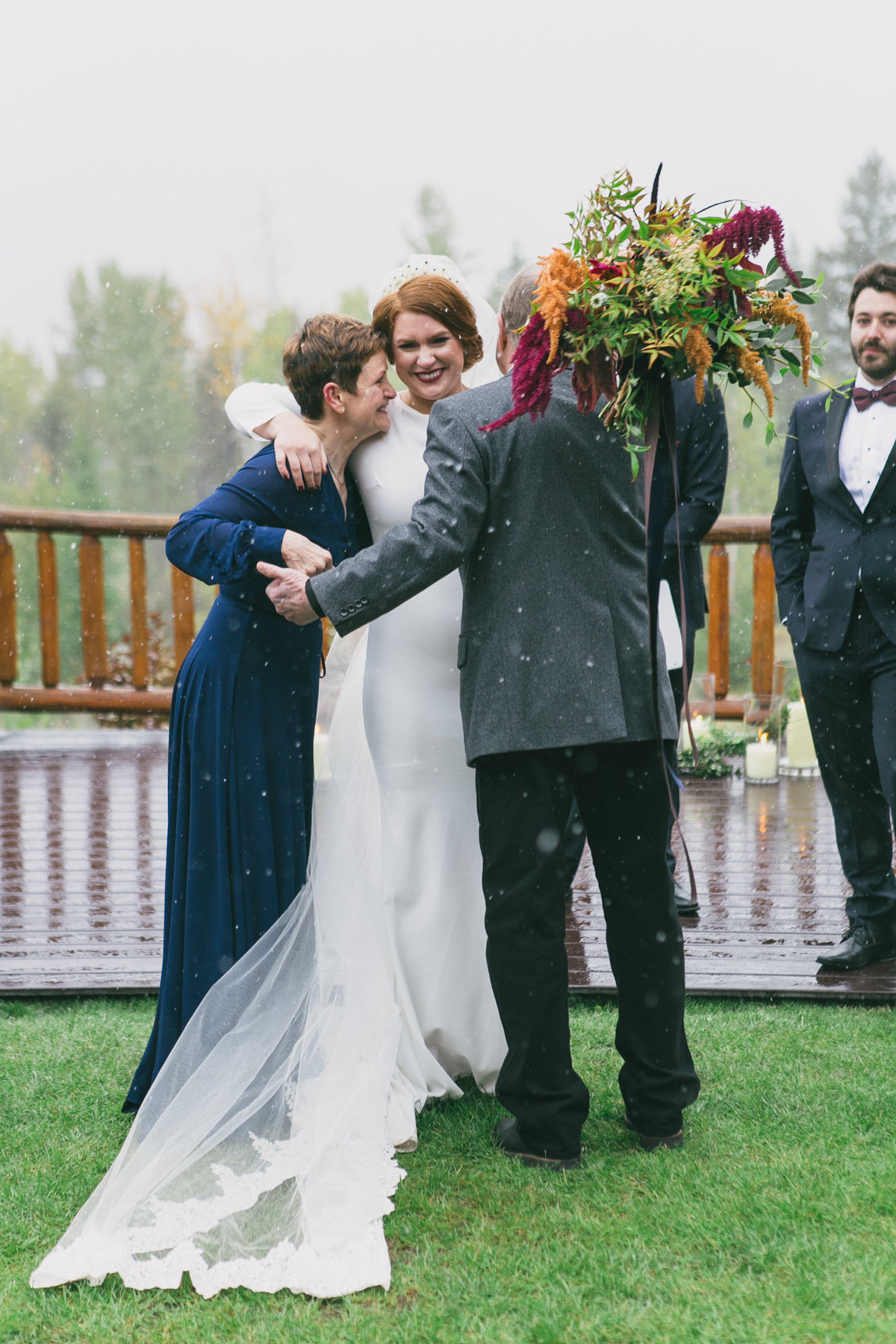 Jennifer_Mooney_Photography_Abbey_Stephen_Fall_Winter_Glacier_Park_Elopement-144