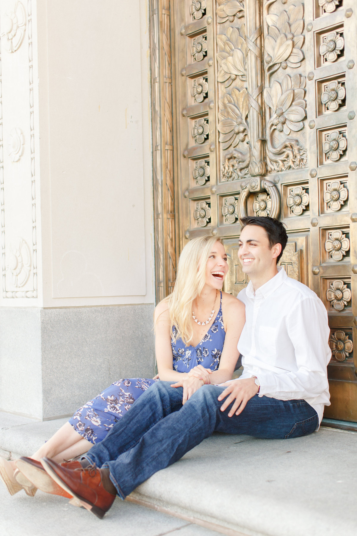 Indianapolis War Memorial Downtown Engagement Session Sunrise Sami Renee Photography-20