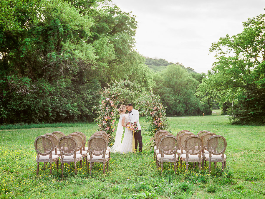 Megan_Harris_Photography_Fine_Art_Green_Door_Gourmet_Nashville_Wedding_MeganHarris_Edit (1 of 1)