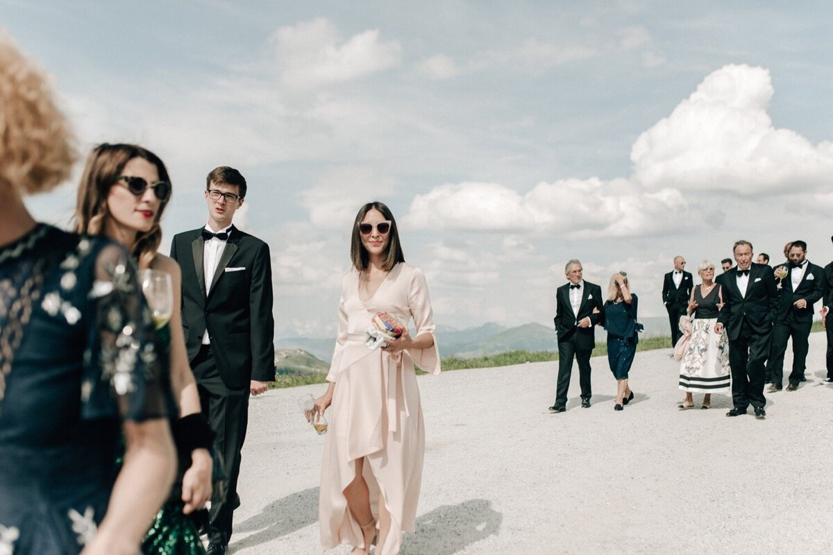 061_Austria_Luxury_Wedding_Photographer (61 von 216)_Flora and Grace is a luxury wedding photographer for stylish and elegant weddings.