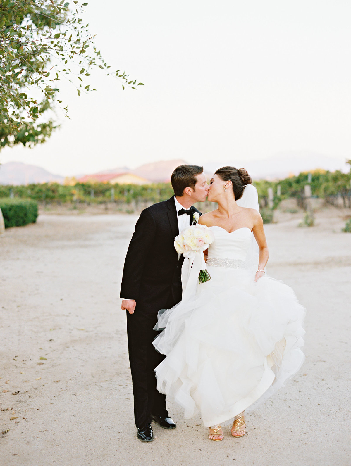 marisaholmes_vineyard_wedding_048