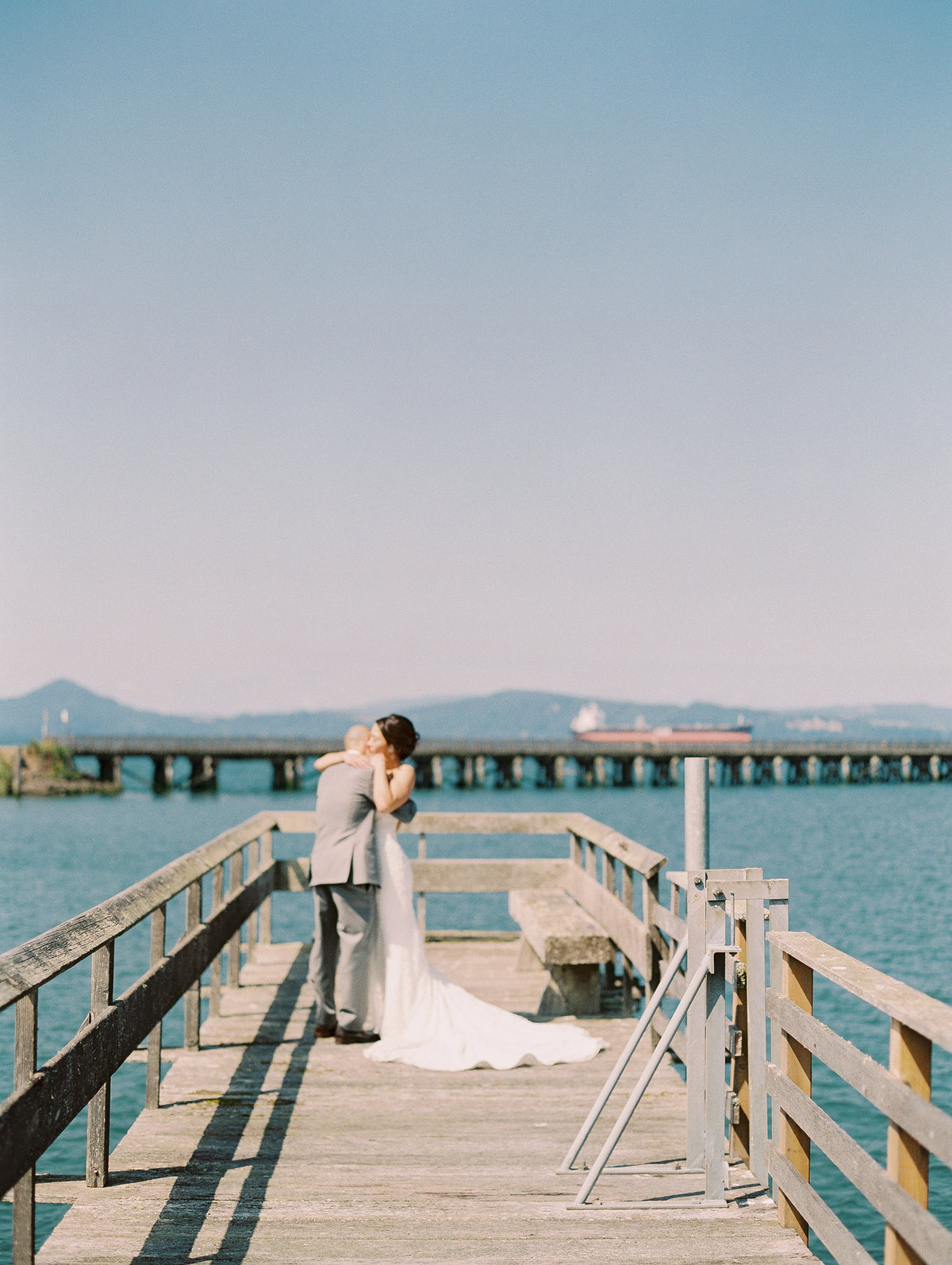 Destination wedding in Astoria