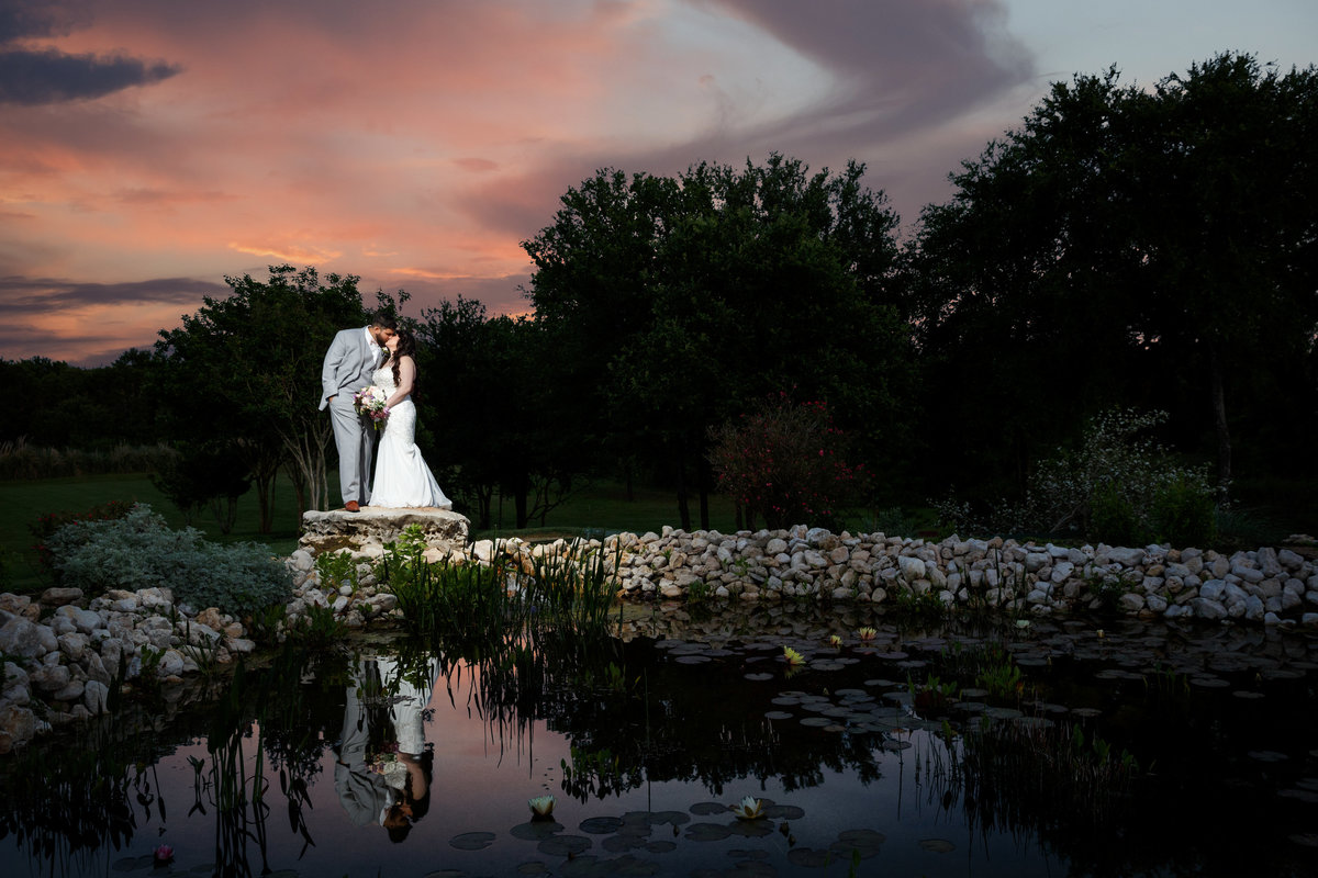 luxury wedding photographer bride groom sunset artistic romantic unique Austin, TX