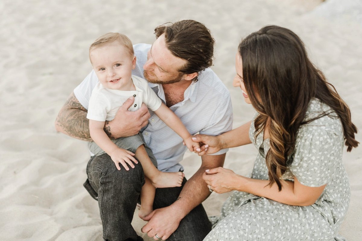 singing-beach-manchester-family-mini-session-photo_0009