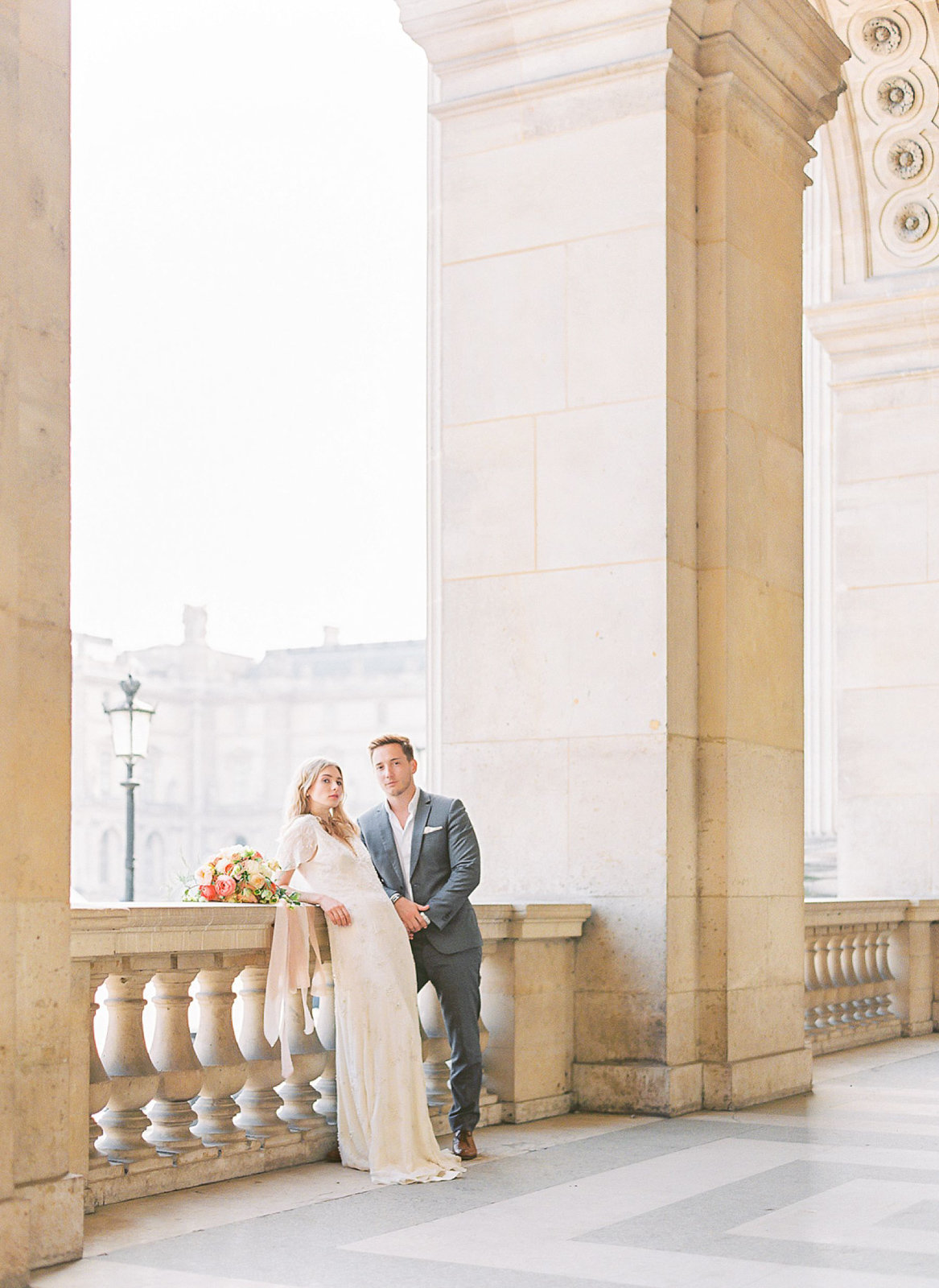 yana-schicht_hamburg_paris-fine-art-film-wedding-photographer_shangri-la_france_036