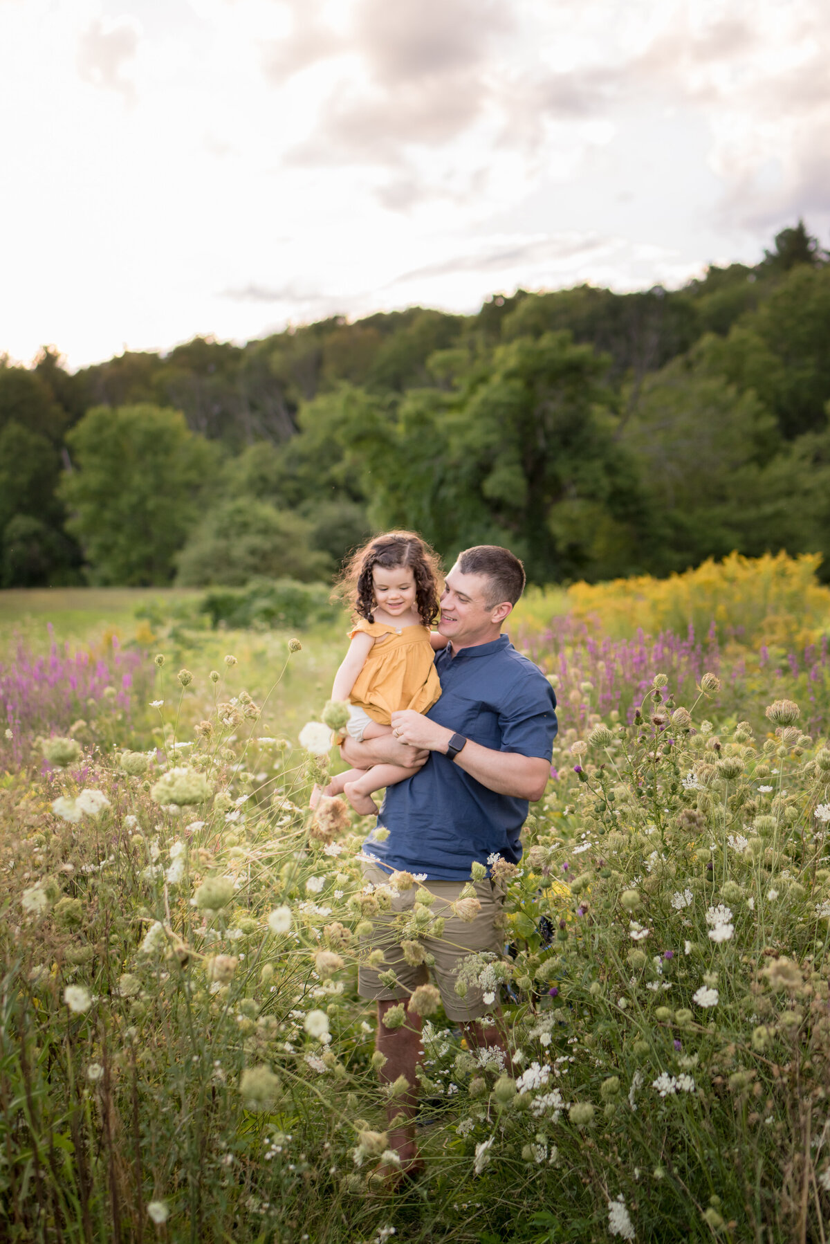 Boston-family-photographer-bella-wang-photography-Lifestyle-session-outdoor-wildflower-83