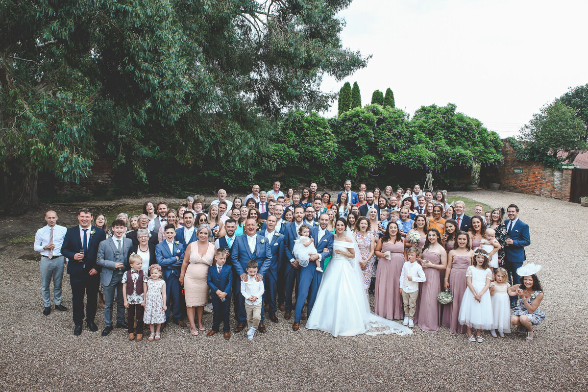 STANLAKE-WINE-ESTATE-WEDDING-CHURCH-RELAXED-0039