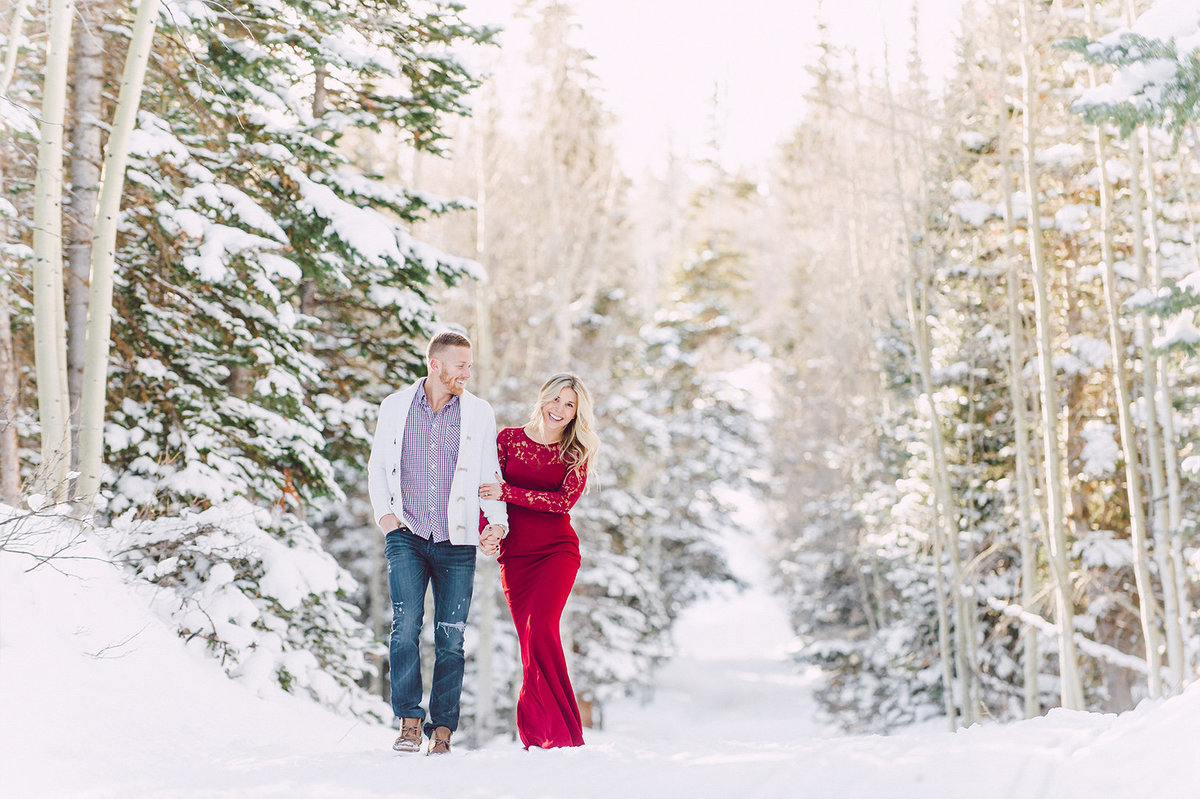 brianhead-christmas-winter-engagement-session-8