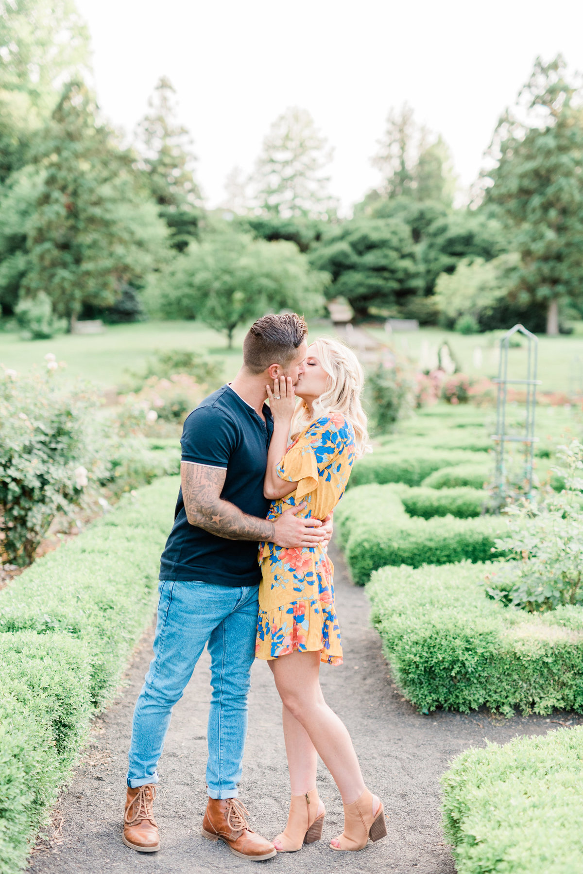 nj-wedding-photographer-engagement-session-greenhouse-deep-cut-gardens-photo-020
