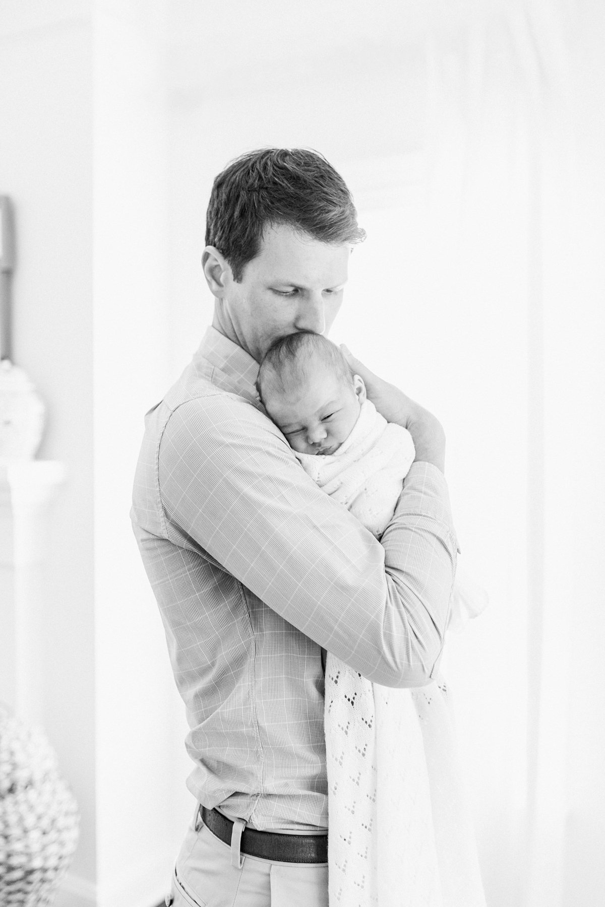 Charleston-Newborn-Photographer-Lifestyle_0032