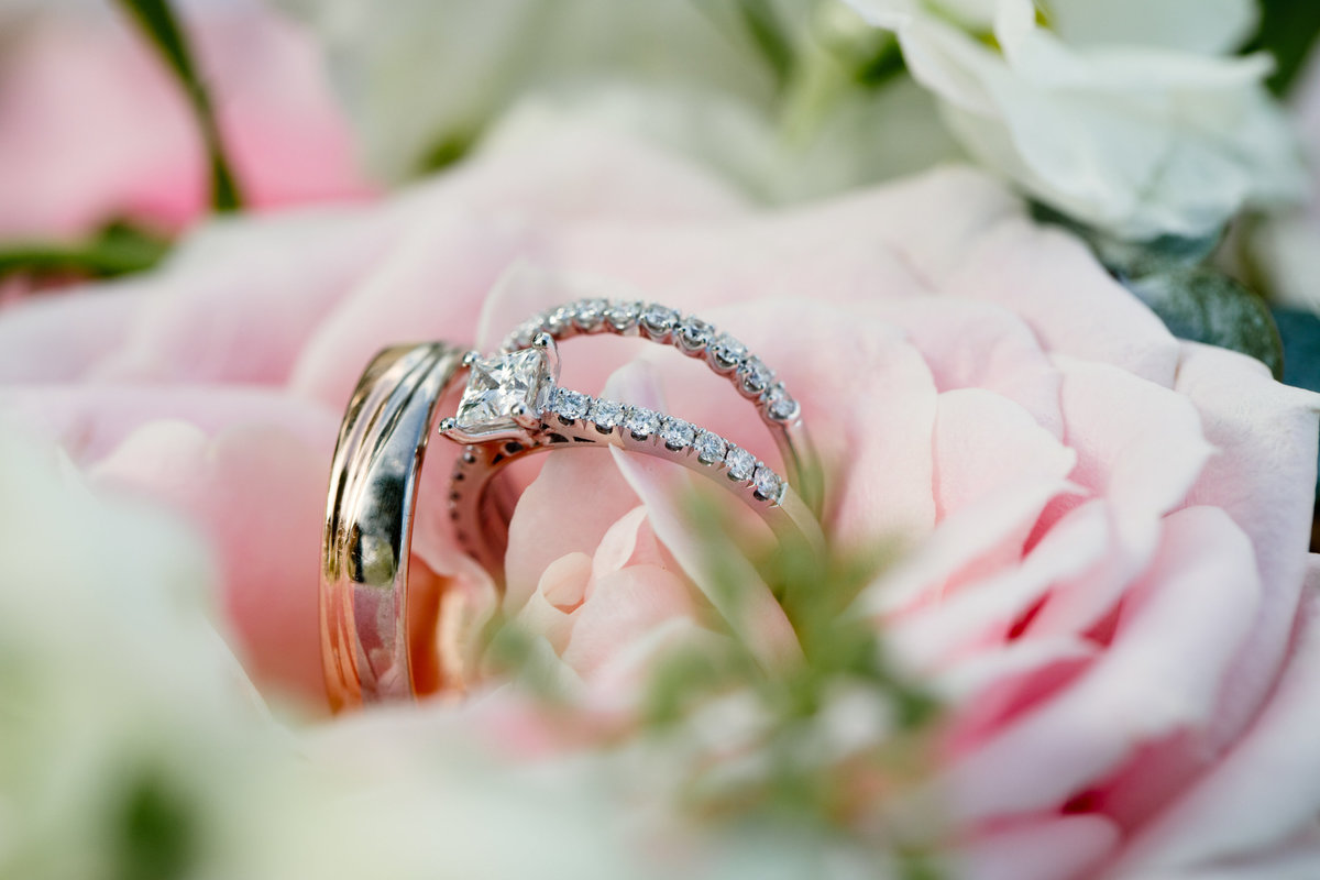 Rings closeup in pink bouquet