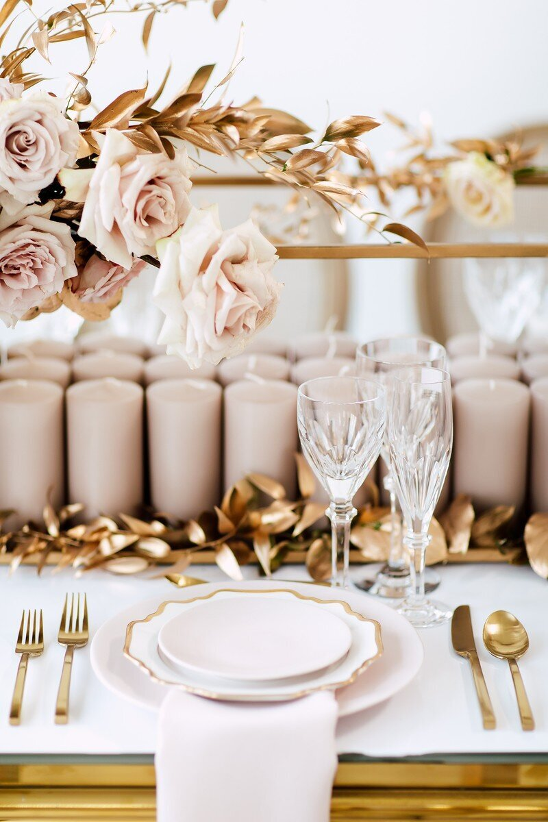 CoralPinkGoldWedding-COCObyCoversCouture-TorontoWeddingFlowers-PT.jpg23