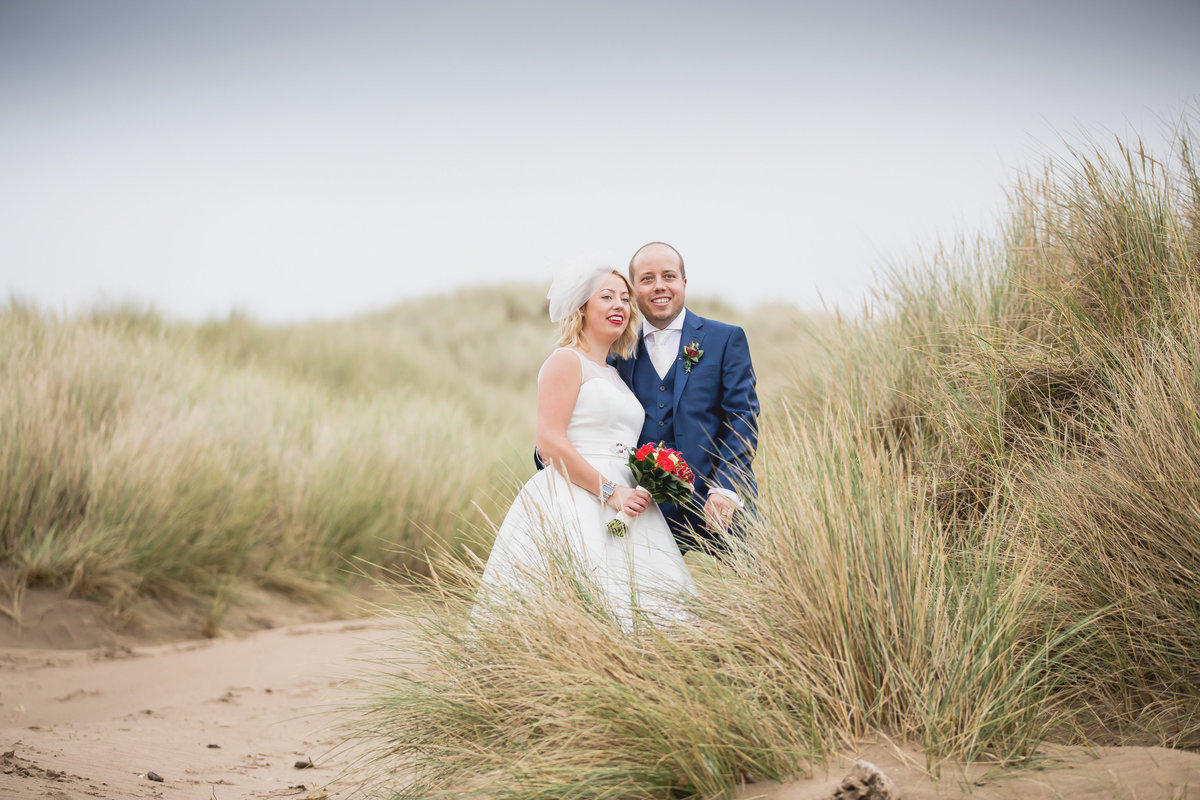 beach wedding in north cornwall